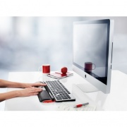 contour_rollermouse_red_desk_screen_props_w_hands_72dpi