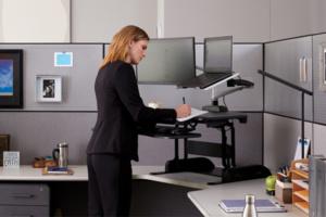 Plateforme Cube Corner 36 - Limiter les douleurs au dos, épaules, cervicales en travaillant debout