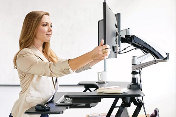 La bonne position de l'écran pour travailler sur ordinateur