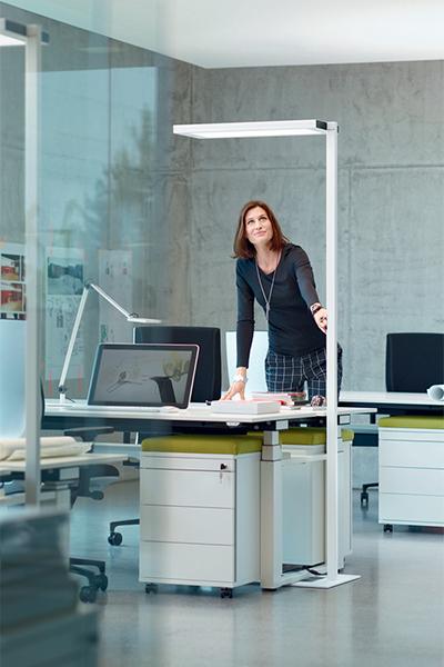 Lampadaire ergonomique Lavigo - Bien éclairer son bureau