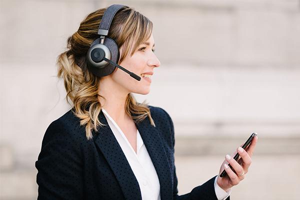 Nuisances sonores au bureau - Travailler dans le calme avec un casque anti-bruit sélectif - Tilde Pro