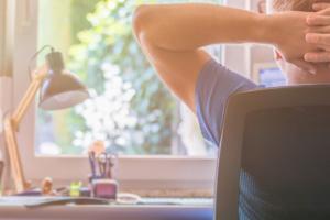 Confinement et télétravail : faire des pauses pour rester concentré - Azergo