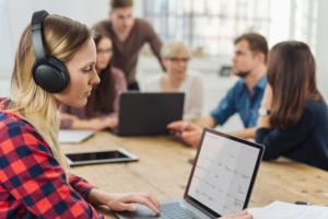 S'équiper contre le bruit au travail - Matériel ergonomique