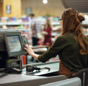 Bonne postures et douleurs chez les caissier.e.s en supermarchés