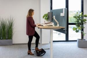 Repose-pieds ergonomique et dynamique Dopio - Confort au poste de travail