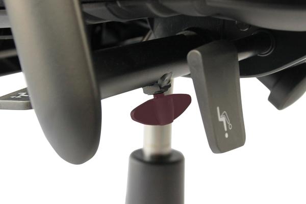 Réglage siège ergonomique - Axia 2.4 - Ecartement des accoudoirs